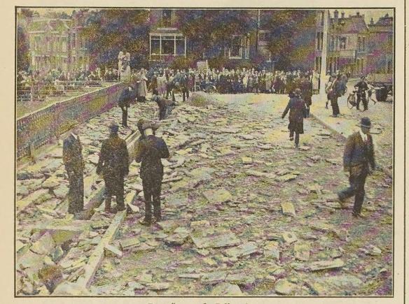 19380701 ijc ontploffing julianabrug door trein
