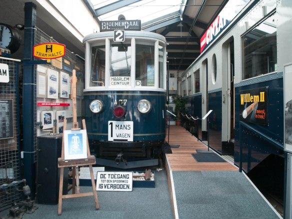 Blauwe Trams in het NZH Vervoermuseum in Haarlem.